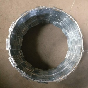 CBT-65 Galvanized razor barbed wire 450mm diameter