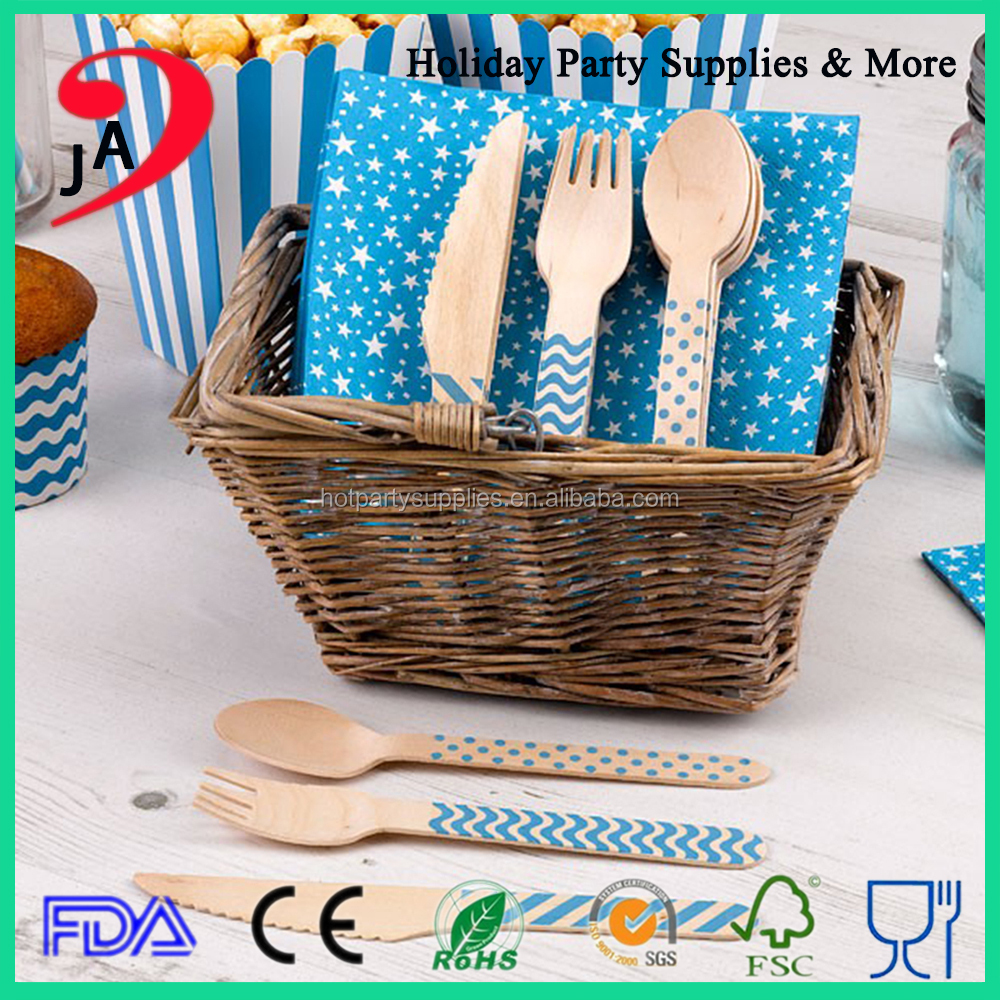 Wholesale Disposable Fork Knife and Spoon Fancy Wooden cutlery set with Napkin
