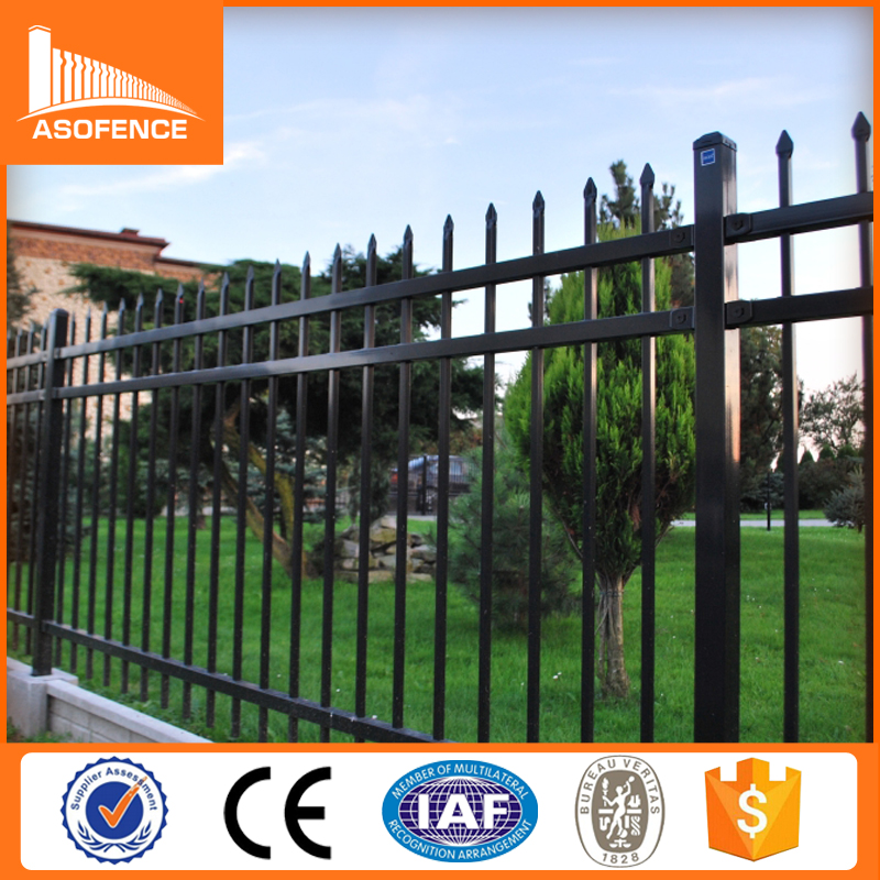 Anping factory galvanized powder coated steel wrought <strong>iron</strong> fence used