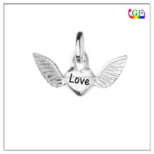 High quality metal Heart shape Angel wing pendant small charms