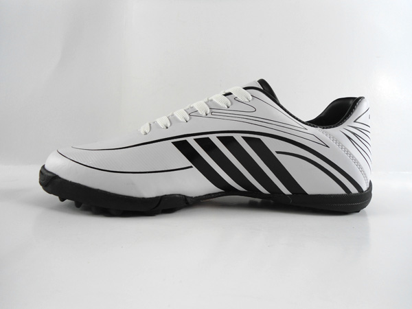 wholesale high quality comfortable active boys sports football shoes pakistan 2016