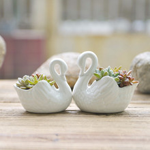 Wholesale Creative Swan shaped ceramic flower pot