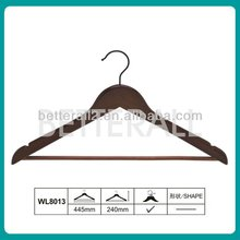 Wholesale Cherry Wooden Suit Hangers with a anti-skid bar and swivel hook