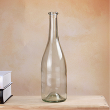 Made in china crystal glass bottle for alcohol with price