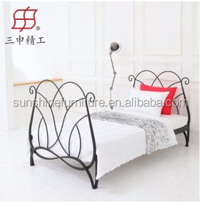 2016 wrought iron bed/ hot sale metal bed, cheap metal single bed