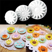 33 Pcs/set DIY 3D Plastic Plunger Fondant Mold Cutter Cookie Biscuit Mold Sugarcraft Cake Decorating Tools