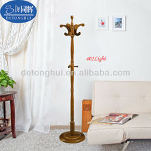 402#2014 the most popular wooden rattan coat hanger