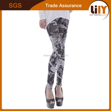 2016 hot sale seamed polyester 95% and spandex 5% women leggings with full newspaper printing