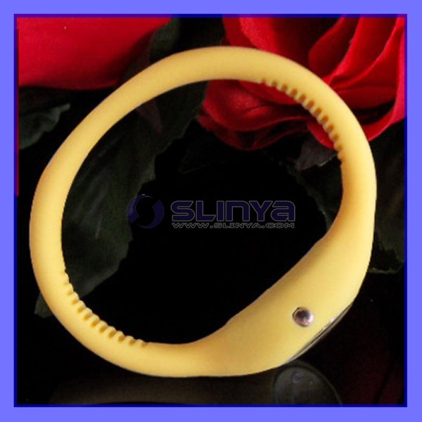Christmas gift Tarnish yellow silicone Sport watch machinery watch