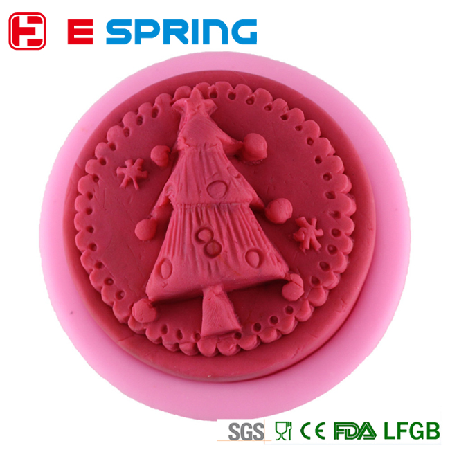 homemade fondant silicone cake mold Christmas tree