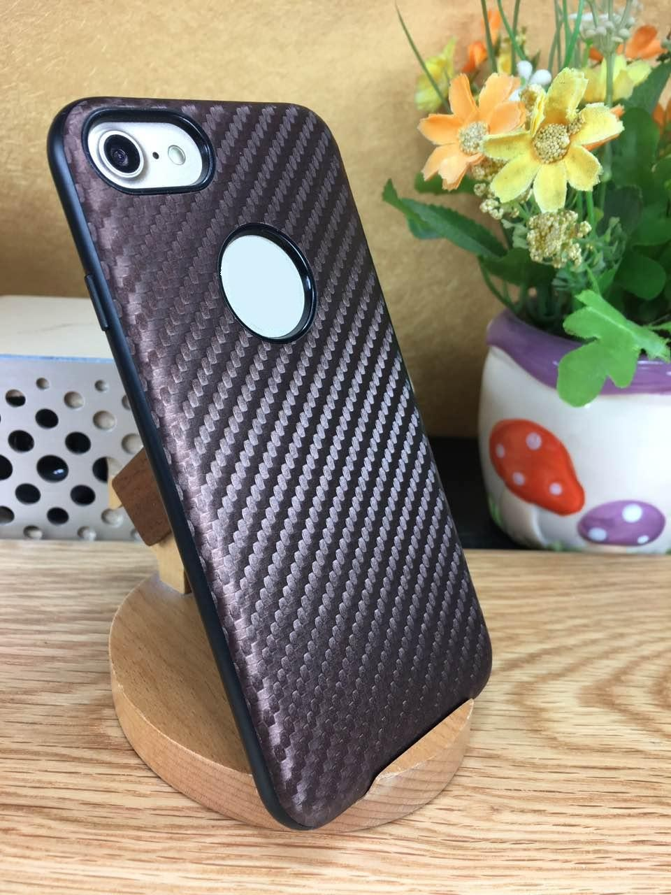 2017 New Hot Selling 7 Colors Available Carbon Fiber Pattern TPU Case for iPhone 6/7