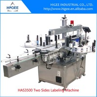 Automatic double-sided adhesive stickers labeling machine.