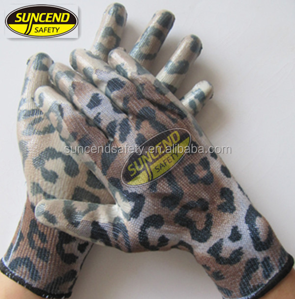 Top Great 10G polycotton liner knitted Latex and nitrile Gloves for Building garden and outside use