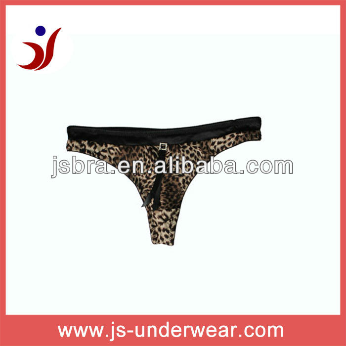 pictures of thongs for women