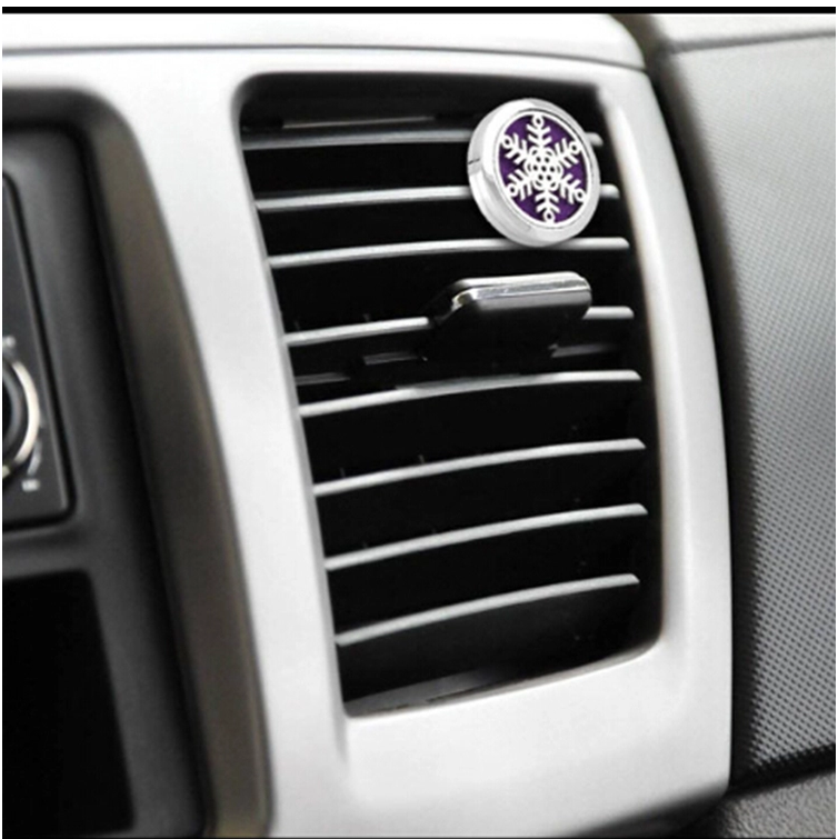 Exquisite Essential Oil Car Diffuser Vent Clip Stainless Steel Aromatherapy Air Freshener Clip Perfume with Optional Pads