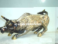 Beautiful Chinese Bull Design Brass crafts Pakistan For Home Office Decor & Gift / Brass handicrafts / Best Gift
