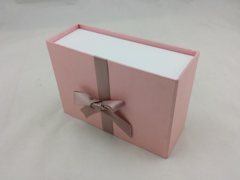 Accept custom design small rigid exquisit lid and base for Small cardboard jewelry boxes with lids