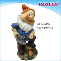 Polyresin small gnome figurine for outdoor