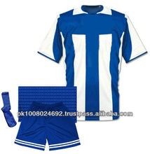 Customized sublimation soccer kits, soccer jersey, training shirt and short