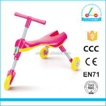 Lastest design scuttle bug scooter baby scooter 3 wheel new model big wheel baby walker kids bycicle walker