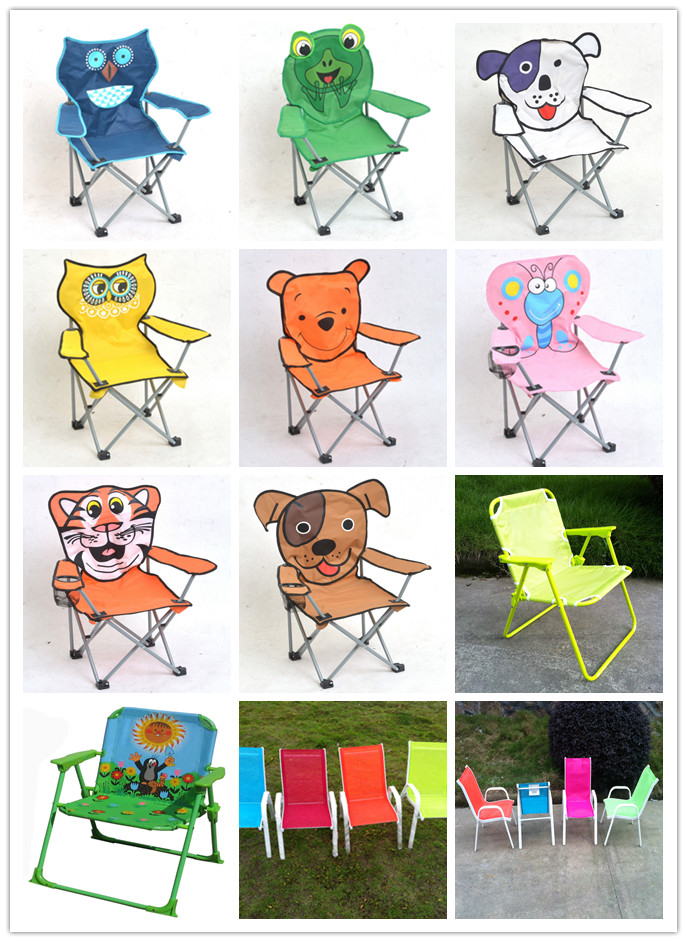 Folding beach chair with pillow