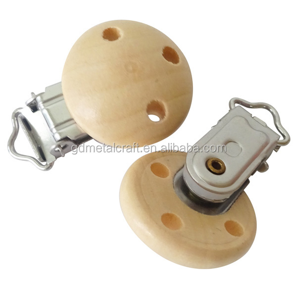 Wholesale Wooden Pacifier Clip Natural Pacifier Holder Clip Suspender Clips