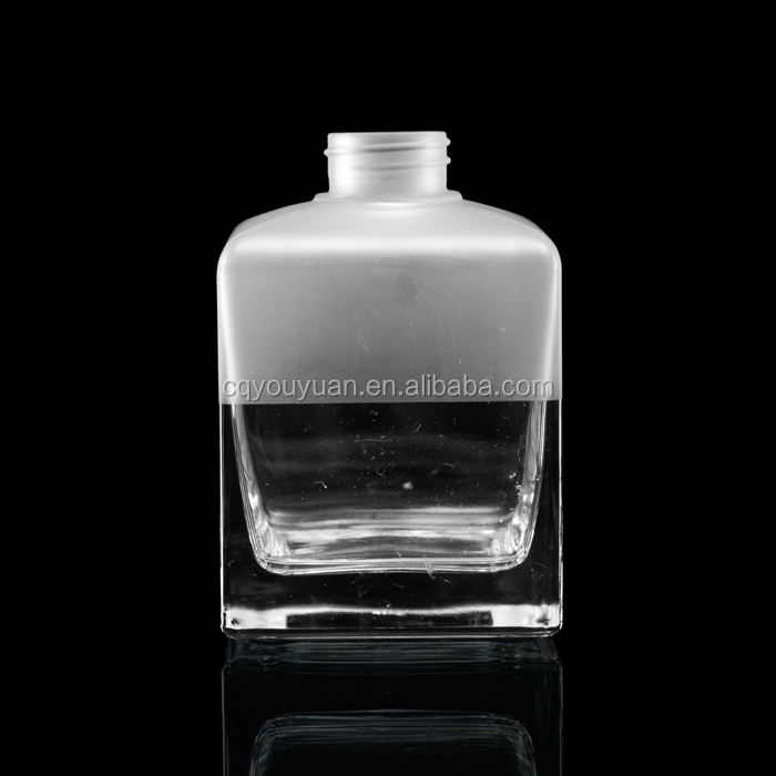 China made hot wholesale glass perfume spray bottles 250ml
