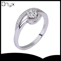 925 sterling silver 4 fingers prong setting diamond ring with white zircon