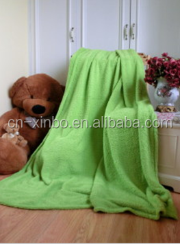 Hot sale thick queen apple green solid coral fleece blanket