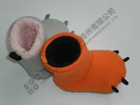 Knit baby shoe lovely baby cow feet boot suede sole in Autumn or Winter Handicraft indoor outdoor shoes
