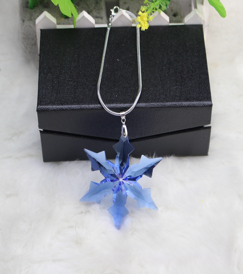 Factory directly sale hot seller blue color 5pcs/lot snowflake design crystal christmas pendant for decoration gift