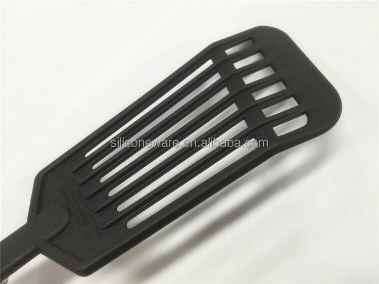 LTHH014-04 Nylon Head Slotted Turner with TPR+S/S handle, high quality heat resistant nylon Kitchen Utensil Set
