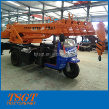 small truck crane with 3 ton lift load fit to narrow space situation