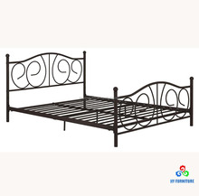 Hot selling bedroom furniture metal pipe double beds steel metal beds