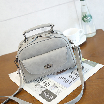 Leather Handle Studs Bag Ladies/Handmade Bag/Women Fashion Bag