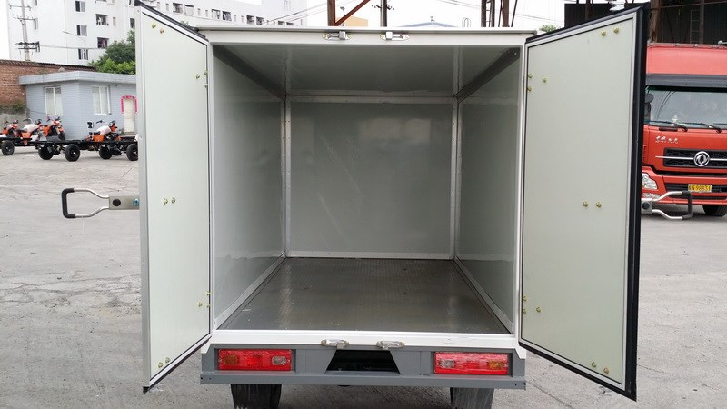 200CC fully closed box model