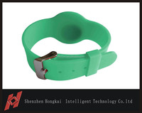 Low cost RFID silicone bracelet watch