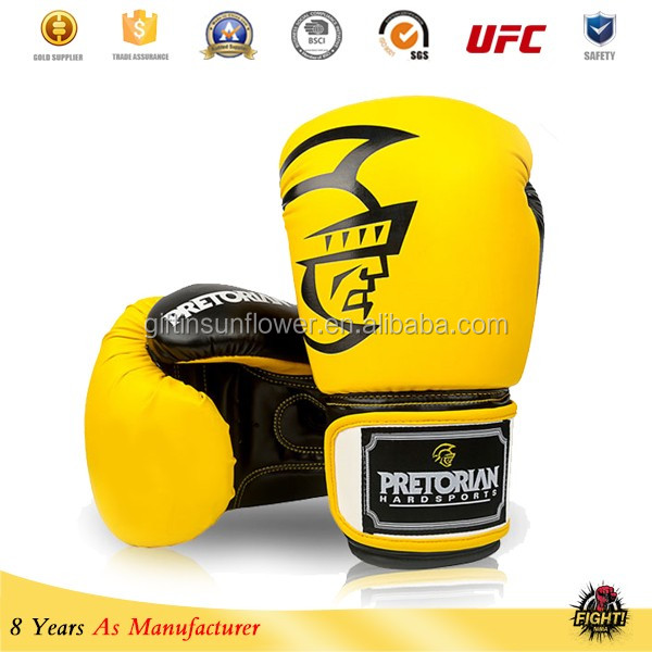 boxing gloves Fully Customzied available in Genuine or Artificial Leather Black/Green