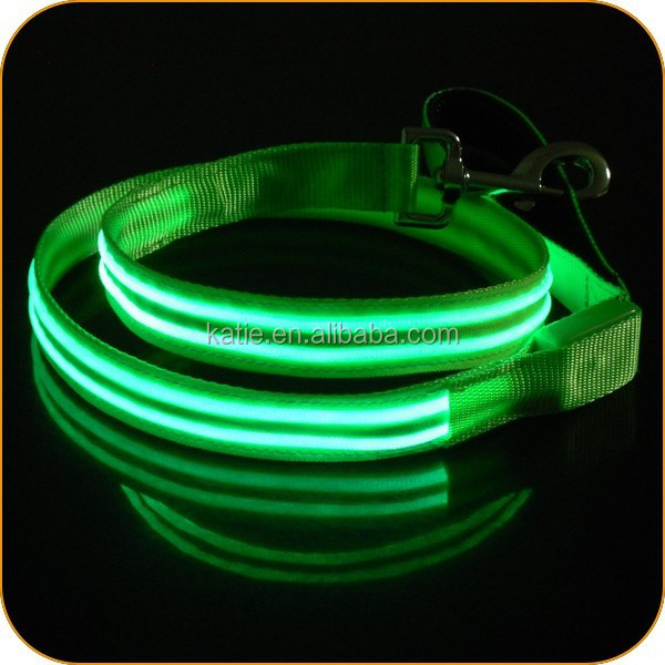 Ultra Bright Green LED Flashing Private Label Dog Collar and Leash