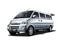 SGMW long wheelbase wuling rongguang van,high performance van
