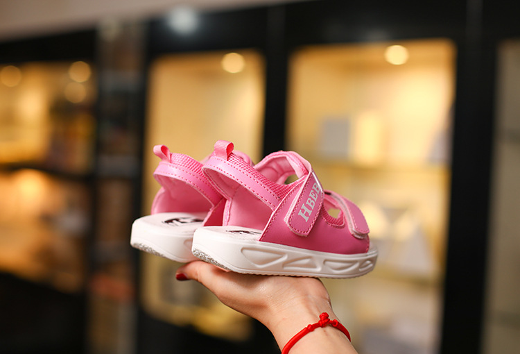 2017 summer new soft bottom children's sports non-slip sandals spot wholesale