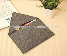 2017 new hot sell wholesale handmade fabric computer/pad cover polyester felt case for phone made in China