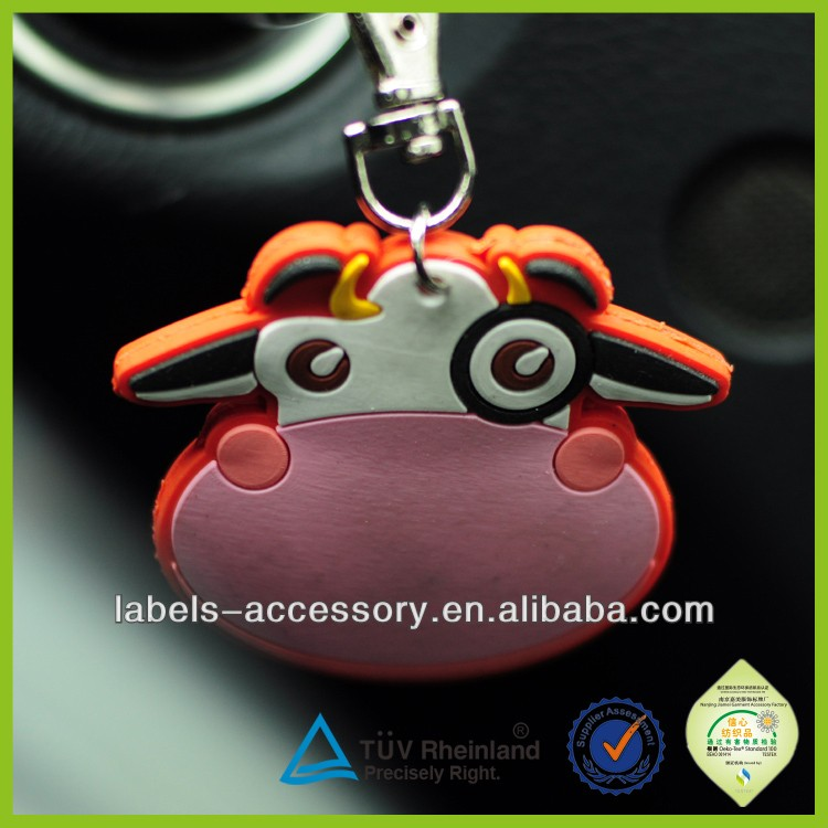 Cheap fashion 3d live animal cheap custom silicone keychains
