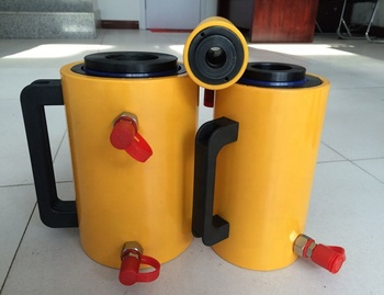 Double acting ultra high pressure high tonnage hydraulic cylinder
