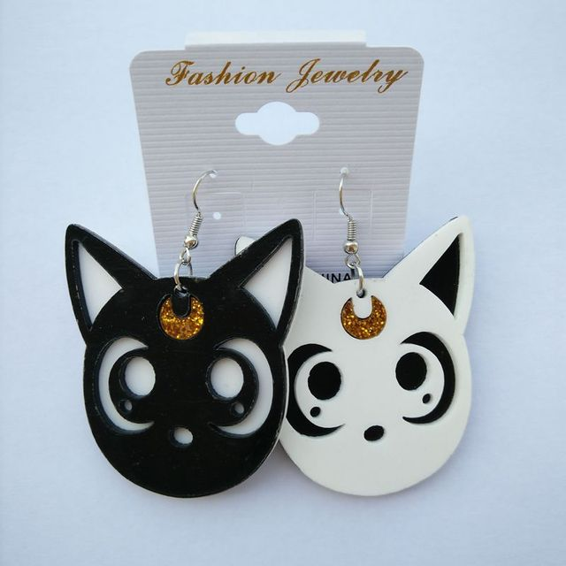 Fashion Personality Club Hip Hop Jewlelry Accessories Women Acrylic Asymmetric Black White Cat Earrings Hot