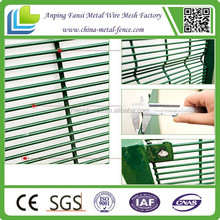 hot sale new products high quality 358 anti-climb security prison mesh fence for 2015