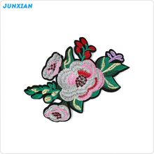 New coming good quality complicate flower embroidery patch for blouses