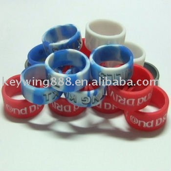 Deboss custom logo finger silicone ring