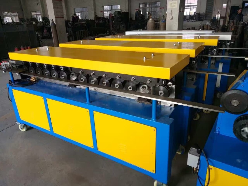 Best price for TDF flange machine / duct production equipment
