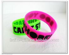 HT gift -- Promotional soft silicone bracelet with lock or your logo